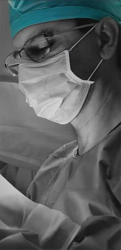 Dr.Luis Suarez doing a plastic surgery in Mexico