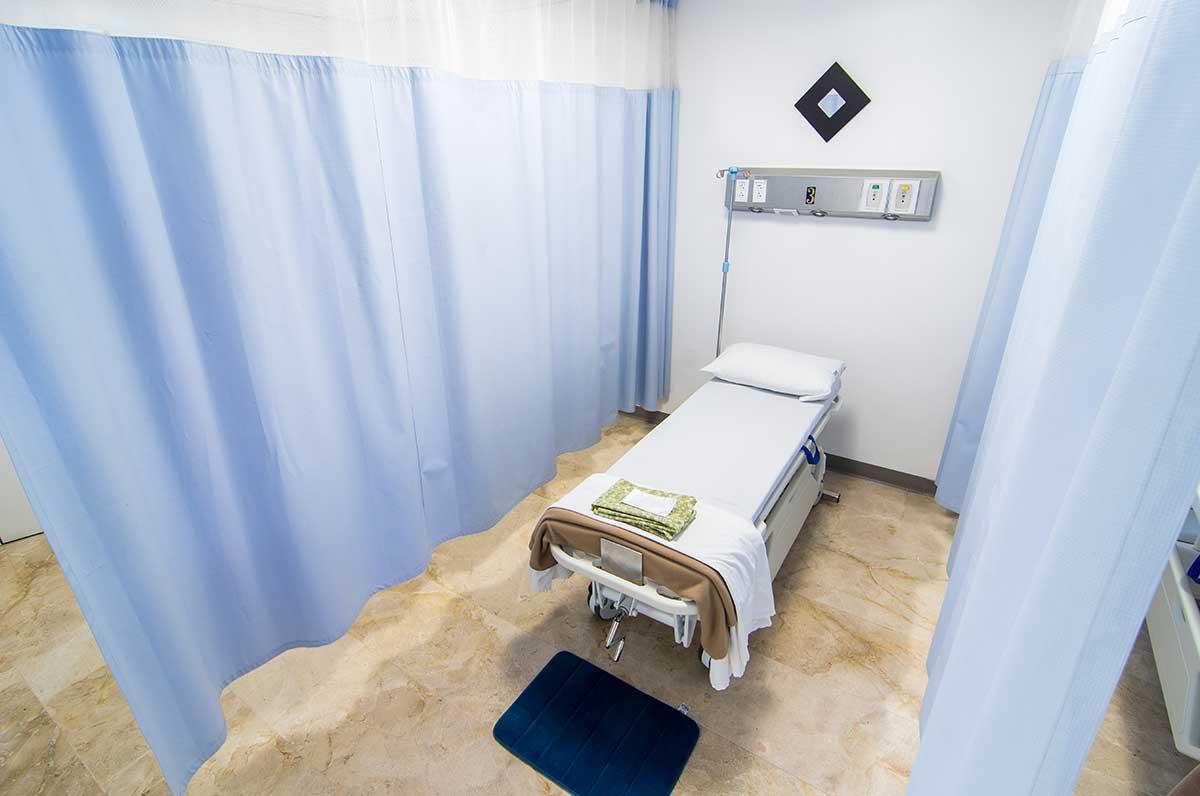 Tijuana plastic surgery surgical ward